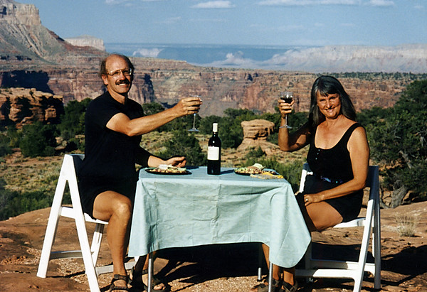 Mara Smith and Ford Smith raise a toast at the Grand Canyon
